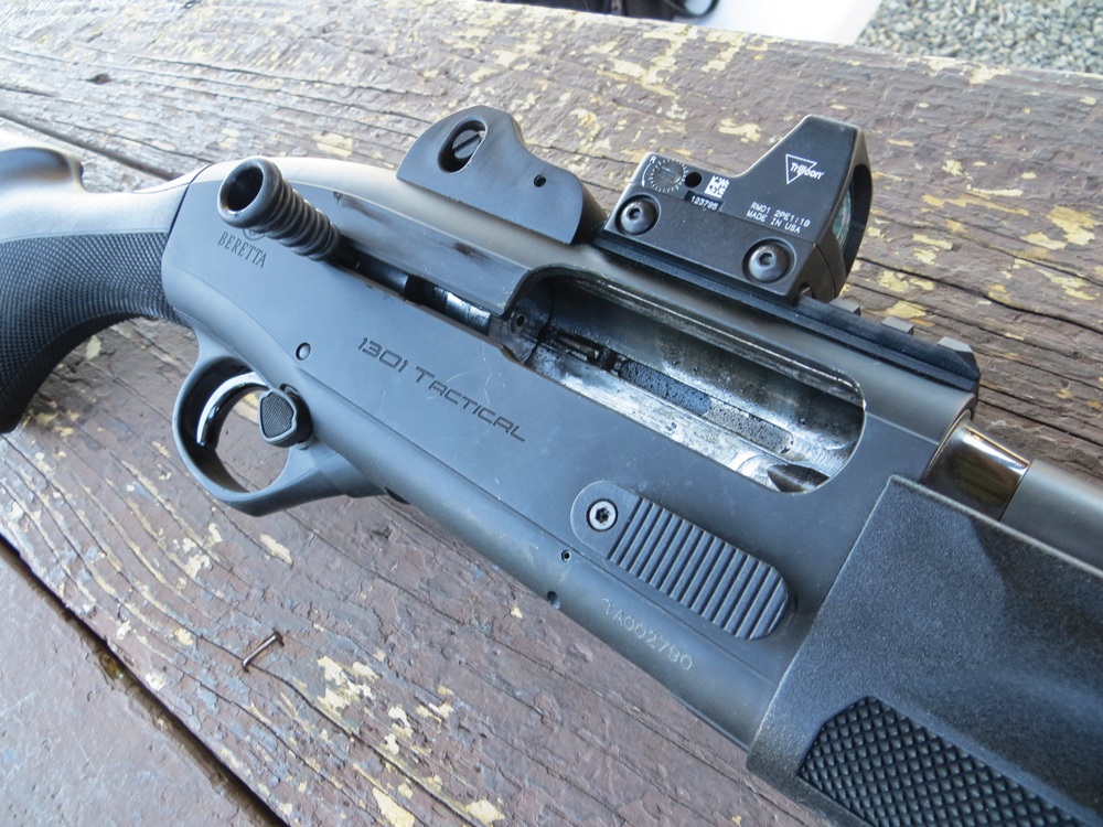 Beretta-1301-Tactical-Shotgun-2
