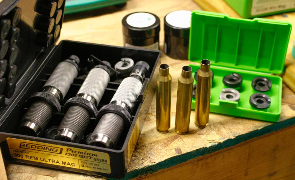 Redding-Premium-Die-set-and-Competition-shellholders-will-create-very-accurate-ammunition-web
